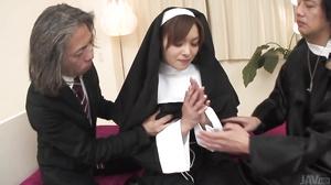 Hot orgy acition with smokin' Hitomi Kanou