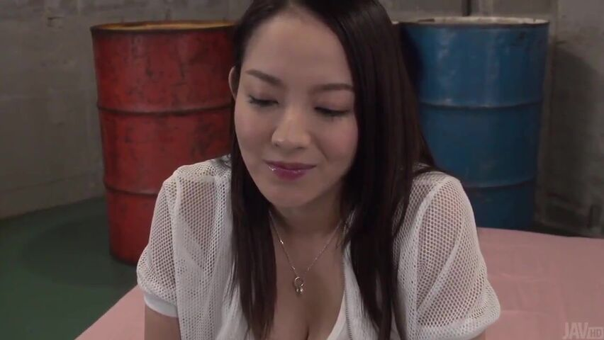 [1039] The film is about a lewd and amorous girl