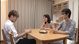 My Father Went Out To Sex In Two Seconds Mother And Son Eriko Miura [VENU-685]