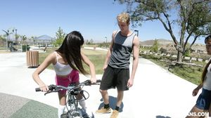 Elle Voneva and Vina Sky - Learn To Share Foreigner Dic
