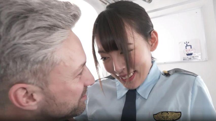 FC2 PPV 1342875-1 【流出無修正】超美人日本人ギャルが外国人のアナルファックで絶叫の連続失神!